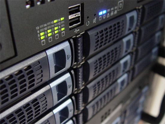 5 Things to Consider When Choosing a Web Hosting